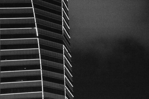 DSC00239Singapore_night_building copia